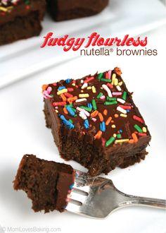 These Fudgy Flourless Nutella Brownies are moist, delicious & gluten free! #glutenfree #blackbeanbrownie