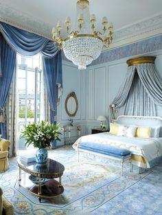 Gorgeous French master bedroom, Paris | Maison Saint Louis   ᘡղbᘠ