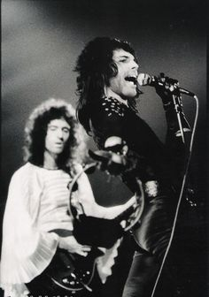 Freddie Mercury and Brian May. Queen Brian May, I Am A Queen, Save The Queen, John Deacon, Arena Rock, Princes Of The Universe, Roger Taylor, Greatest Rock Bands, We Will Rock You
