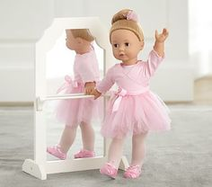 Love the Mirror! | Doll Ballerina Bar #pbkids