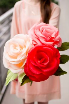 #Amazing_Photography | #Beautiful_Roses | Top 5 Pins: DIY Valentine! | See the rest on the HelloSociety Blog | #diy