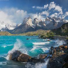 Lake Pehoe, Patagonia, Torres del Paine park