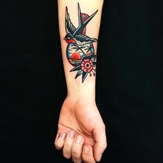 Sleeve tattoos for men that cover wrists Time Tattoos, Body Art Tattoos, New Tattoos, Tattoos For Guys, Sleeve Tattoos, Cool Tattoos, Traditional Tattoo Inspiration, Traditional Style Tattoo, Traditional Styles