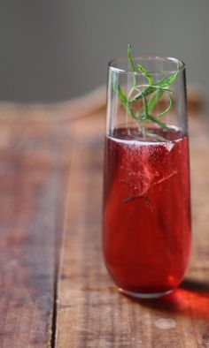 Sparkling Mulberry Summer Cocktail