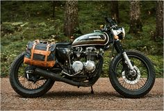 Pack Animal is a new brand from Seattle that craft beautiful Motorcycle Travel Goods with classic styling and timeless materials that look great on any bike. The vintage styled gear is made with the highest quality waxed twill and canvas paired with Scrambler Custom, Scrambler Motorcycle, Honda Motorcycles, Indian Motorcycles, Custom Motorcycles, Moto Guzzi, Guzzi V9, Motorcycle Travel, Motorcycle Style