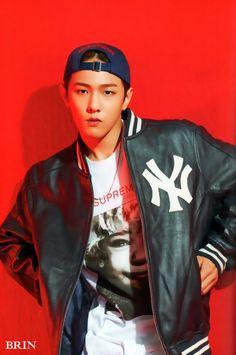 iKON Donghyuk Welcome Back 'Half Album' Photobook © BRIN