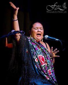 Gypsy cantaora from Utrera (Seville), Spain MARI PEÑA at 9th Annual Bay Area Flamenco Festival. Photo by Christine Fu.