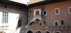 Macie Państwo w planach wycieczkę pod hasłem Collegium Maius zwiedzanie?…