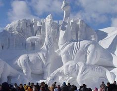 Totally Amazing Dinosaur Ice Sculpture China - Daily News Dig (shared via SlingPic)