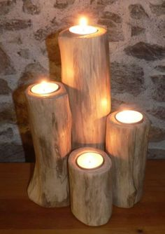 Nothing beats the liveliness of a candle fire. The orange gradient lighting and flickering as it's swayed by the wind is all part of its unique feature. This makes it suitable for certain occ… Driftwood Candle Holders, Unique Candle Holders, Driftwood Lamp, Driftwood Projects, Branch Decor, Candle Lanterns, Candleholders, Wood Creations, Wooden Crafts