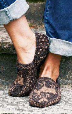 PatternWorks Moose Slippers Kit
