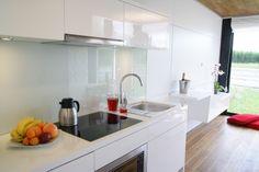 Kuchnia Rubiloft 24 m2 Cribs, Kitchen Island, Container, Home Decor, Kitchens, Cots, Island Kitchen, Decoration Home, Bassinet