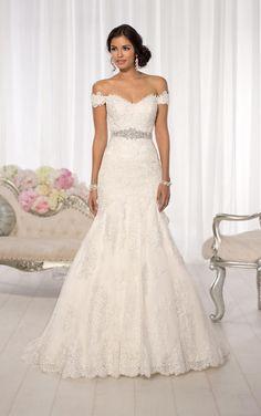 Essense Bridal Collection D1617 Essense of Australia Amanda-Lina's Sposa Boutique - Wedding Gowns, Prom, Bridesmaid and Evening Dresses