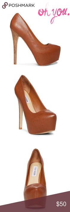 Steve Madden Dejavu heels in Brown Amazing sky high Steven Madden 'dejavu' heels in Brown. Worn a few times; only signs of wear are inside of shoe and on soles of shoes- not noticeable when on! Last picture is just to give an idea of how they look on. Steve Madden Shoes Heels