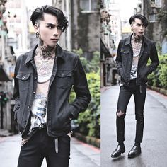 Get this look: http://lb.nu/look/8176589  More looks by IVAN Chang: http://lb.nu/ivan  Items in this look:  Tastemaker 達新美 Jeans   #artistic #street #vintage