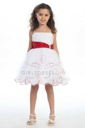 Cute flower girl dress My favorite!