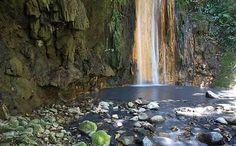 The waterfall at the Diamond Falls Botanical Garden (10)