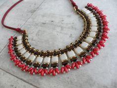 Metal del oro rojo hecho a mano con cuentas collar babero indio fan bohemio, Asia collar, joyería retro, Cleopatra africana que collar de perlas