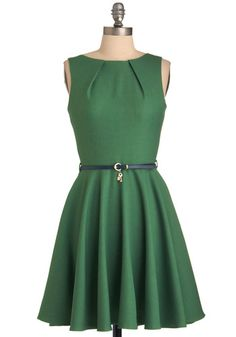 33 Best but not a real green dress that