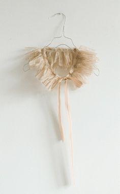 The detachable collar via Stylingsinja I Blogbloeme: Romantic collar by Lieschen Müller