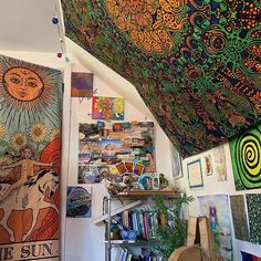 Hippy Room 20256 United we stand. Divided we fall. Loving one another and coming together to stand against the corrupt system we live in is the only way. Cute Room Ideas, Cute Room Decor, Hippie Room Decor, Boho Decor, Dream Rooms, Dream Bedroom, My New Room, My Room, Dorm Room
