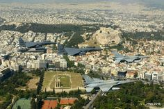 Spectacular view of Athens from the cockpit of a fighter aircraft |thetoc.gr