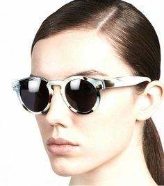 @Who What Wear - Illesteva Leonard Round Sunglasses ($165) in Horn