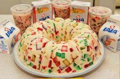 gelatina mosaico de piña I didnt do piña but I tried it with rasberry jello/de leche