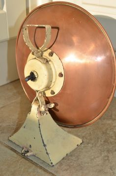VINTAGE-ART-DECO-RETRO-COPPER-HEAT-LAMP-COULD-BE-CONVERTED-TO-TABLE-LAMP