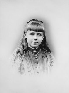 Princess Marie of Edinburgh, later Queen of Romania Princess Alice, Princess Beatrice, Prince And Princess, Romanian Royal Family, English Monarchs, Royal Blood, Young Prince, English Royalty, Rare Pictures