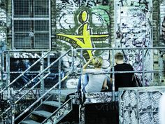 https://flic.kr/p/BGSbT6   Couple, Graffiti