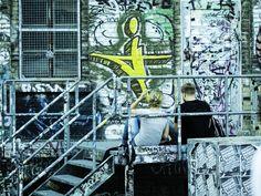 https://flic.kr/p/BGSbT6 | Couple, Graffiti