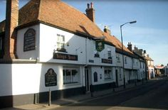 The Kings Head, Canterbury, Kent, England. Bed and Breakfast. Accommodation. Guesthouse. Pub. Inn. Holiday. Travel. Breakfast.