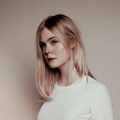 Elle Fanning as Violet in All The Bright Places Dakota Fanning Y Elle, Pretty People, Beautiful People, All The Bright Places, Wattpad, Lily Collins, Aesthetic Girl, Pretty Face, American Actress
