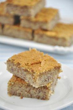 La ricetta della torta di pane - Come preparare in casa un dolce dal sapore antico, gustoso, genuino e non sprecone perchè realizzato con gli avanzi di pane