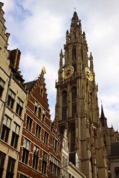 Antwerpen, België. https://www.hotelkamerveiling.nl/hotels/belgie/hotel-antwerpen.html