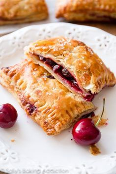 16 Impressive Puff Pastry Recipes That Are Secretly Easy Puff Pastry is a versatile ingredient that can be used in many recipes savory or sweet. With these puff pastry recipes you can easily make impressive looking dishes. Pastry Dough Recipe, Puff Pastry Dough, Frozen Puff Pastry, Simple Pastry Recipe, Strawberry Puff Pastry, Cherry Pastry Recipes, Puff Pastry Desserts, Recipes With Puff Pastry, Phylo Pastry Recipes