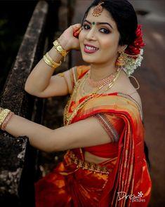Kerala Wedding Photography, Sari, Wonder Woman, Superhero, Women, Fashion, Saree, Moda, Fashion Styles
