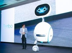 Der ASUS Zenbo oder: Der lächelnde Haushalts-Roboter