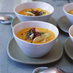 Rezept: Möhrencremesuppe mit gebratenem Chicorée