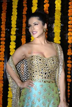 Sunny Leone at Ekta Kapoor's Diwali bash on 29th Oct 2016 / Sunny Leone - Bollywood Photos