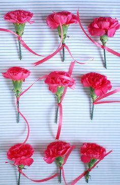Simple, yet sweet! #diy #wedding #corsage