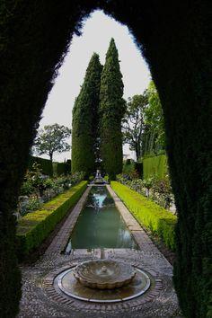 Jardines bajos del Generalife, Alhambra, Granada (Spain) by sir20
