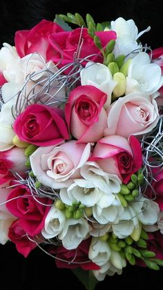 Tropical Wedding Flowers For Your Special Day Very Beautiful Flowers, Beautiful Flowers Wallpapers, Beautiful Flower Arrangements, Exotic Flowers, Pretty Flowers, Amazing Flowers, Pink Flowers, Happy Birthday Flowers Wishes, Rose Flower Wallpaper