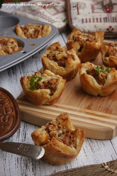 Kitchen Recipes, Cooking Recipes, Drink Recipes, Keto Cake, Kielbasa, Party Snacks, Bon Appetit, Baked Potato, Tapas