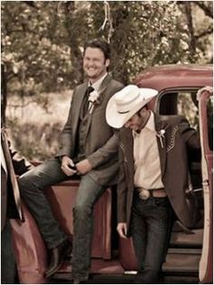 engagement photo ideas... replace a cowboy with me looking lovingly at my fiance. also, re-do for wedding photos with the wedding party! presh. NONE OF MY FRIENDS CAN STEAL THIS! lol