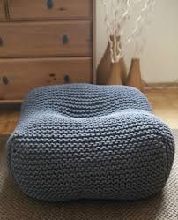 Pouf made of cotton rope