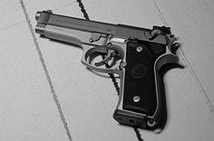 Beretta 92, pistola estándar de las Fuerzas Armadas de los Estados Unidos.