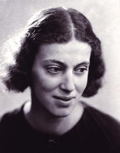 Girls Grow Up Strong: Dorothy Crowfoot Hodgkin  (May 12, 1910 – July 29,...