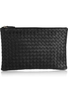 Bottega Veneta - Medium Intrecciato Leather Pouch - Black by: Bottega Veneta @Net-a-Porter (Global)